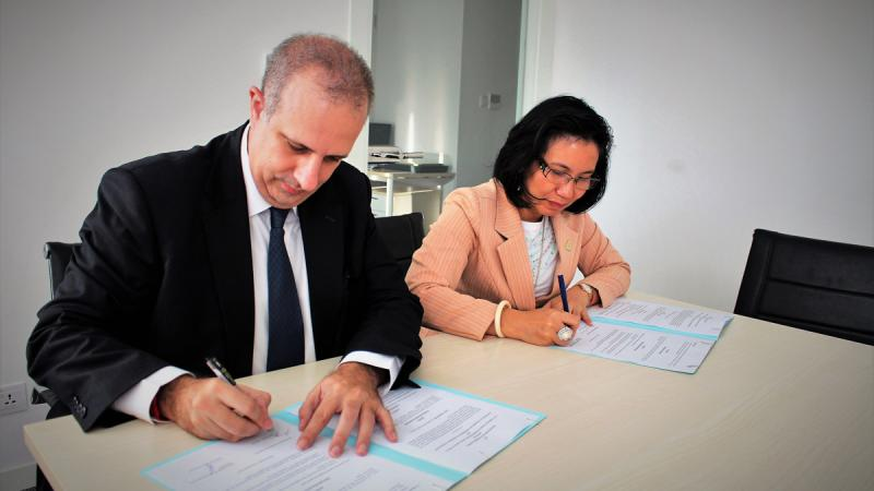 Signing of MoUw with the Cambodia Women Entrepreneurs Association (CWEA)