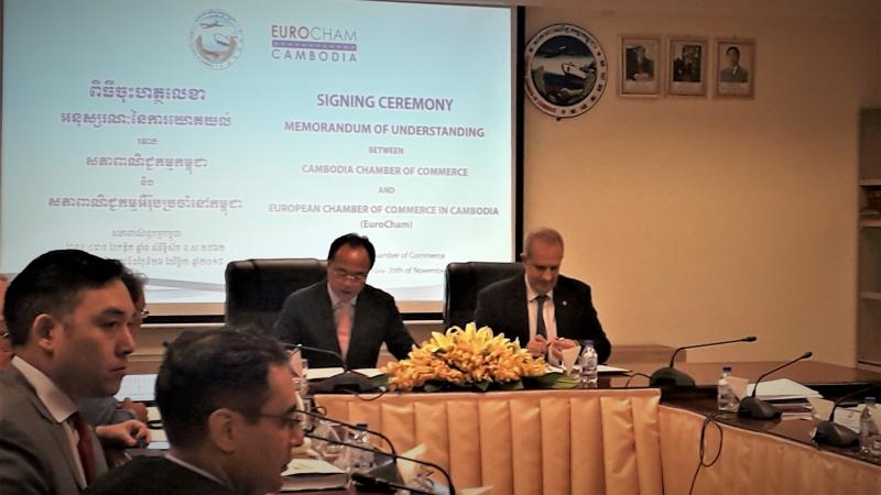 EuroCham, chambers and other business associations sign an MoU with the Cambodia Chamber of Commerce.