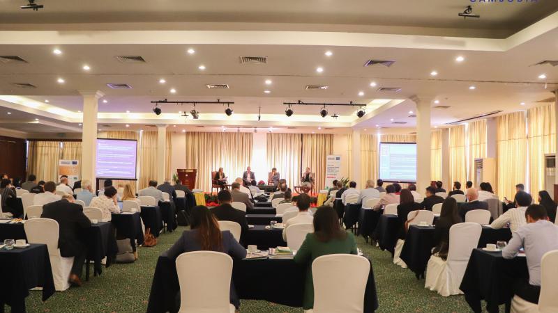 Breakfast Talk on Renewable Energy Target (RE100)